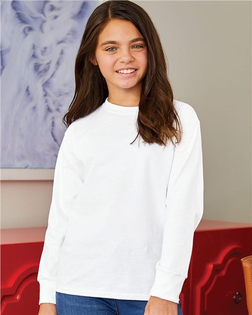 Hanes 5546 Tagless Youth Long Sleeve T-Shirt Model Shot