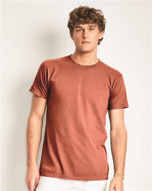 Comfort Colors 4017 Garment-Dyed Lightweight T-Shirt Model Shot