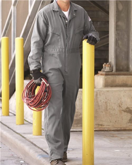Bulwark CLD4 Deluxe Coverall Model Shot