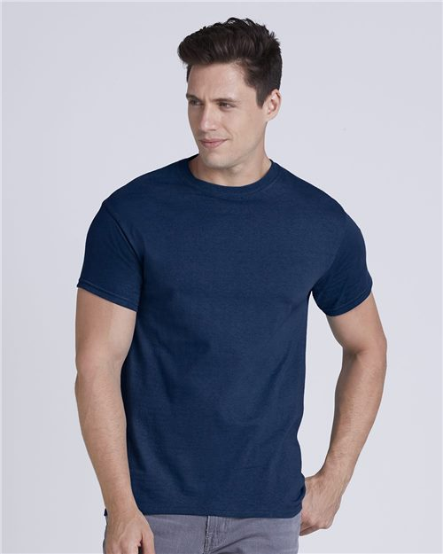 Gildan 2000 Ultra Cotton® T-Shirt Model Shot
