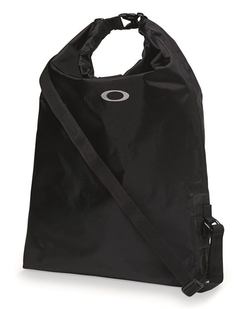 Oakley 92902ODM 22L Dry Bag Model Shot