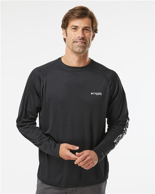 Columbia 138826 PFG Terminal Tackle™ Long Sleeve T-Shirt Model Shot