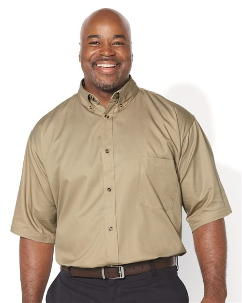 FeatherLite 6281 Short Sleeve Twill Shirt Tall Sizes Model Shot